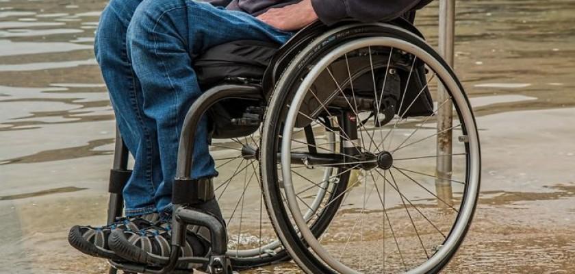 ¿Cuál es la importancia del logopeda en la enfermedad de ELA (Esclerosis Lateral Amiotrófica)? - Centro Logos